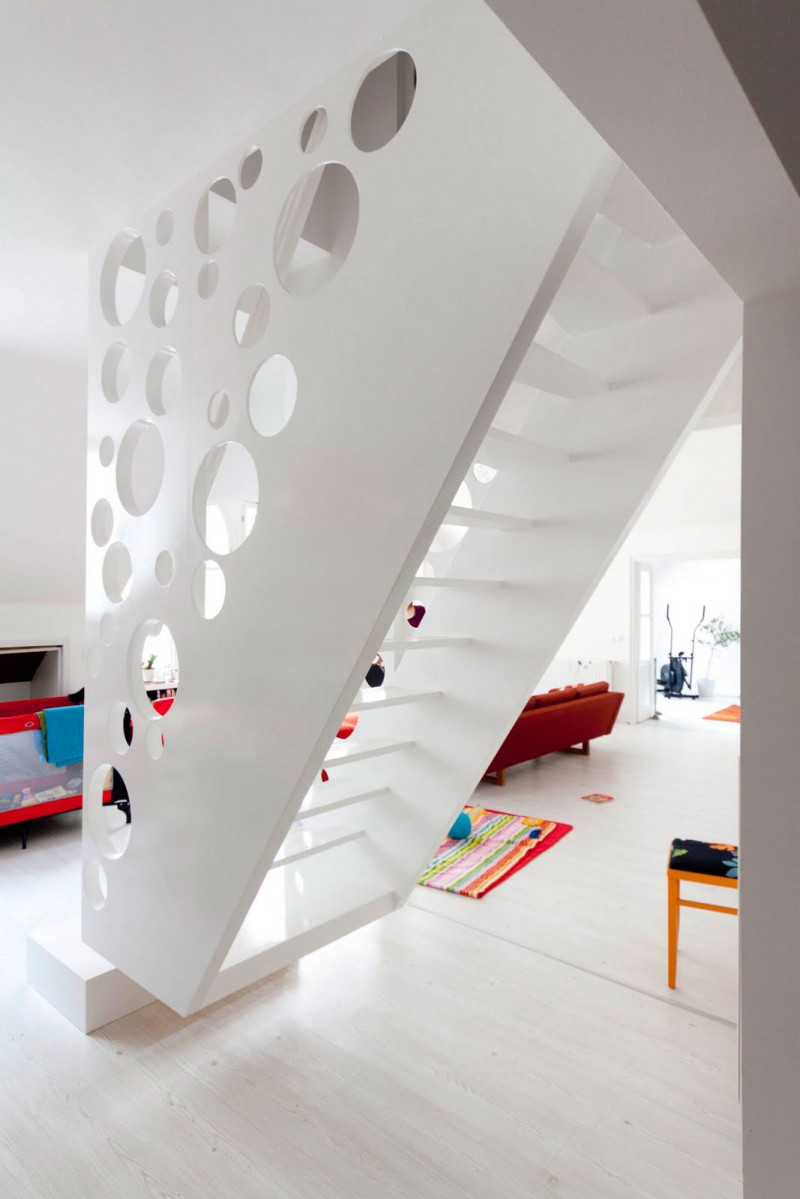 Emmental-Stairs-Apartment-04-800x1199