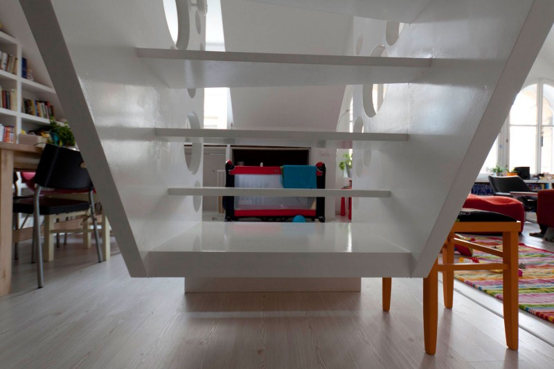 Emmental-Stairs-Apartment-15-800x533