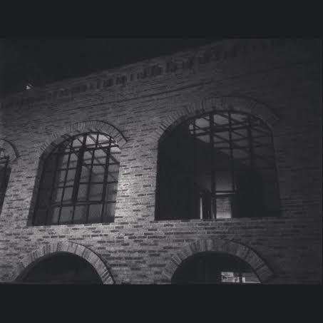 รีโนเวทตึกเก่ากว่า 50 ปีเป็นโรงแรมสุดคลาสสิค-014