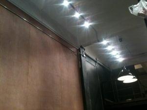 รีโนเวทตึกเก่าเป็นร้านอาหารสุดโมเดิร์น
